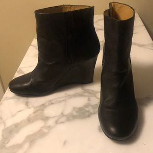 Black boots. Size7.5. Worn only a few times!